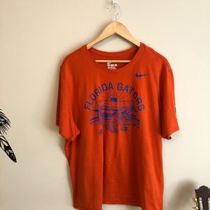 Florida Gators Nike Tee !! 😍😍